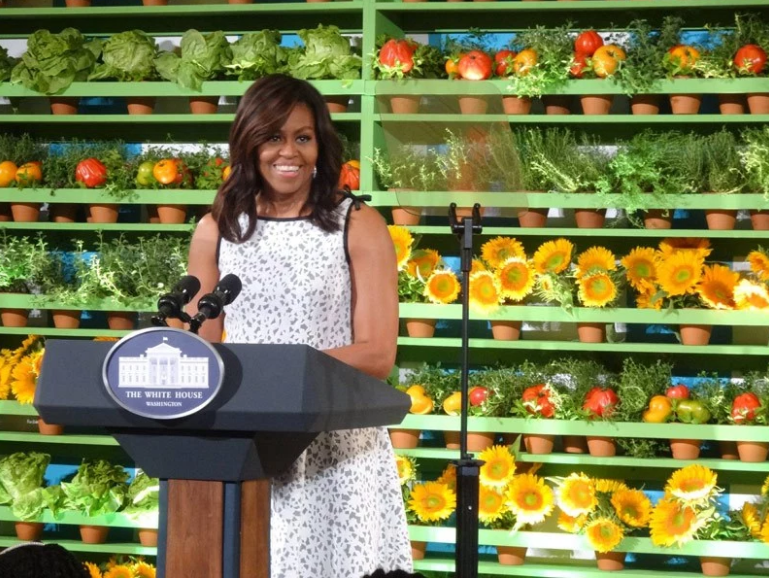 First Lady Michelle Obama addressing the 56 winners of the Healthy Lunchtime Challenge at the 2016 Kids' State Dinner held in the East Room of the White House.